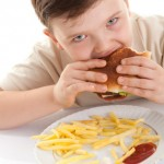 How to Pick Healthier Restaurant Meals for the Kids