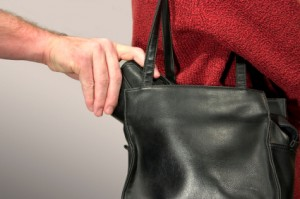 pickpocket holiday shopping