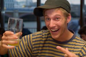 teen drinks beer