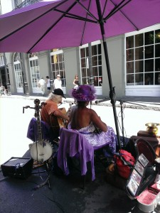 nola-music-purple